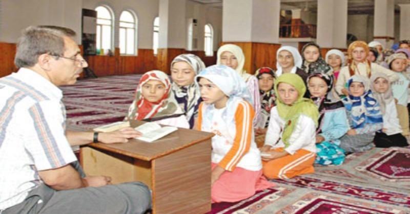 AKP kursên Quranê ji bo berjewendiyên xwe bi kar tîne