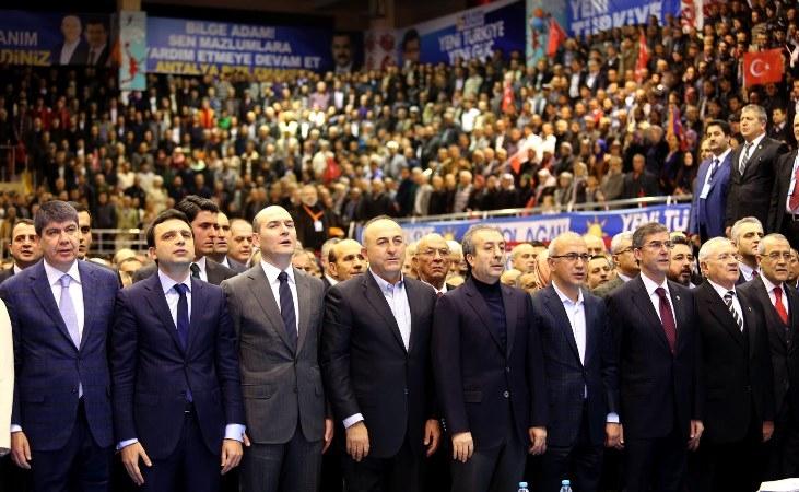 Beşdariya di kongireya AKPê de rûreşî ye