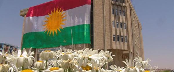Parlemena Kurdistanê li ser Mijara Destûra Kurdistanê kom bû.